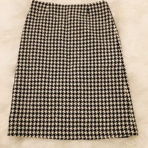 Jcrew Size 4 wool tweed skirt